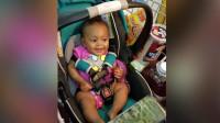 小宝宝第一次坐购物车, 一惊一乍的样子好可爱! - 可爱的宝宝视频