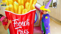 萌娃趣味屋:妈妈的汉堡店,萌娃和弟弟开着小汽车购买好吃的汉堡!