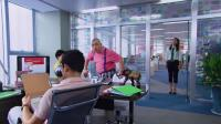 上司把孩子放在办公司,小伙看到忍不住吐槽一番,不料被上司听到