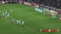 西甲-梅西点射+失点苏神博阿滕失单刀 巴萨1-0巴拉多利德