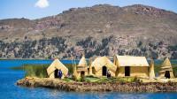 神秘南美人用芦苇造岛,一辈子漂泊在湖上,以捕鱼为生!