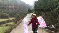 农村小伙打造世外桃源,步行5公里泥巴路,只为挑点生活用品上山