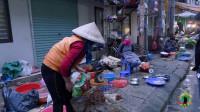 在越南买鸡,什么价格?越南人的工资,大约只有中国人工资的一半