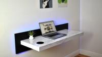 国外小伙手工制作的电脑桌,可以直接悬挂在墙壁上,一起来见识下