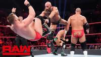 【RAW 02/18】复兴者大招未完成 败给DIY组合强尼加尔加诺和托马索