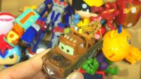 小飞侠巴士汽车机器人玩具展示
