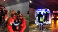 载52人客车高速失控撞隧道墙壁致4人死亡 消防破拆救出11人