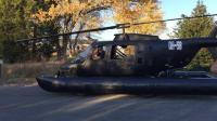 小伙花费6个月,将武装直升机改成两栖车,却为装酷付出了代价