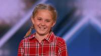 美国达人秀:小女孩学动物叫,鸡鸭狗羊不在话下,评委纷纷给YES