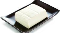 保存豆腐不要放冰箱!20年老厨师教我个技巧,放10天依旧新鲜滑嫩