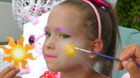 女儿爱上小马宝莉,妈妈帮她美妆打扮成了宇宙公主