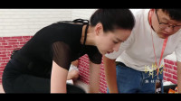 新舞林大会:董洁舞蹈功底超扎实,抬腿下腰那都不是事儿!