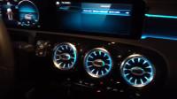 19款奔驰A180加装原厂64色氛围灯 涡轮发光出风口效果展示