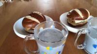 日常早餐, 德式碱水鸡蛋汉堡