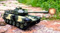 十万火急!毒液开上了坦克玩具车 霸王龙 火箭车的汽车玩具有趣故事,英雄在哪里!
