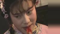 聊斋:狐仙化作妙龄女子出现在小巷子,守财奴家门口捡到小娘子