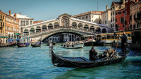 上帝的眼泪-水城威尼斯 宽宽大运河和窄窄水巷满是贡多拉的旋律