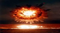 苏联洲际导弹发射失误 现场炸为平地92人丧命