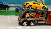 红色双层运输车搬运黄色红色小汽车,蓝色红色大箱车,儿童玩具亲子互动,悠悠玩具城