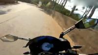 机车摩托:摩托车跑山路真的要注意安全!要随时注意冲出来的汽车!