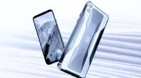 2分钟看黑鲨手机发布会:吴总全程紧张,手机常规升级,银色太炫酷
