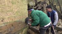 拿着探测器在湖南农村废弃的老宅探宝,意外发现了一个老柜子