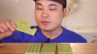 韩国大胃王胖哥,吃抹茶巧克力,吃的太馋人了0002