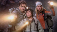 3分钟看完灾难电影《地心营救》,33名矿工被困地下整整69天!
