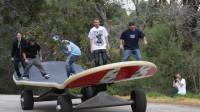 世界最大滑板,造价超过13万元,可同时站立40人!