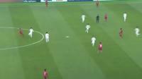 U23亚洲杯半决赛:卡塔尔获得争议点球!越南球员差点怒揍裁判