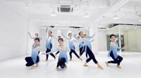 古典舞身韵技巧,学员课间休息都在练习,不仅舞美音乐也醉人