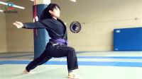 柔术竞技美女杰西卡的日常训练,敢跟柔术小辣椒比试比试吗