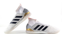 【开箱视频】adidas Predator 19+ TR 25周年纪念足球鞋