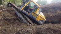 月薪2万的挖掘机司机露了一手绝活儿,这技术真没白拿工资