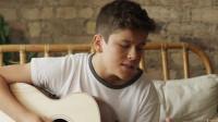 """15岁男孩唱出""""心动的感觉"""",经过了变声期,那种感觉也随之消失"""