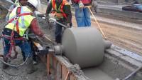 这种机械还是第一次见,修水泥沟槽变得轻而易举!