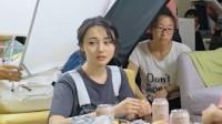 """幕后花絮:郑爽隔屏撒狗粮,在线呼唤""""我家聪聪"""""""
