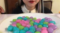 减肥神器: 魔芋软糖遇水膨胀, 小姐姐吃一盘 网友: 要撑爆的节奏吗
