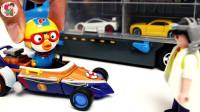 小黄鸟开卡丁车大箱车运来好多辆小汽车塔吊传输机自卸车搬运彩色钢珠儿童玩具亲子互动