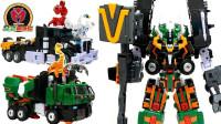 大卡车变形机器人玩具带小动物出去玩