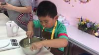 【7岁】9-5哈哈亲手做蛋糕打鸡蛋IMG_8711