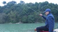 遇到走水可以采用这种钓法,即灵敏又有效。
