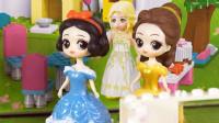 小琦公主世界 第03集 白雪公主和爱丽丝公主一起帮小琦搭建一楼的餐厅和休闲区