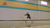 篮球教学:NBA训练师教你进阶控球,只要学会称霸野球场!