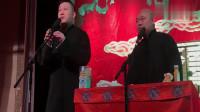 张鹤伦和郎鹤炎现场演唱抖音神曲,唱得很不错,唱完搭档又挨损了