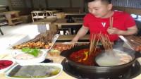 小哥哥直播美食,半个重庆人,不能吃太辣的。