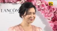 苏玉华与男朋友潘灿良一起参加时尚活动