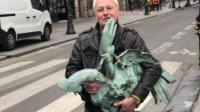 巴黎圣母院大火后这件宝贝失而复得 法国人乐开了花