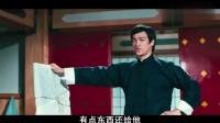 日本人不要命了吗?拍着李小龙的脸,说李小龙是东亚病夫!