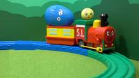 小火车带来小挂件玩具